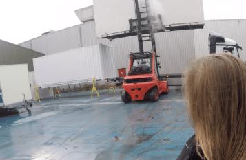 Containerheftruck